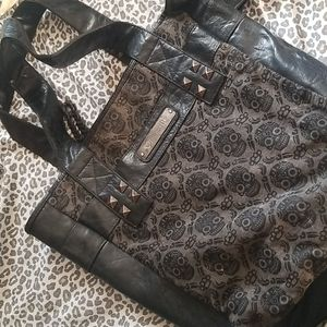 large lounge fly purse